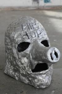 Rappermaske(Rapper mask)2015, Matti Schulz, Aluminium